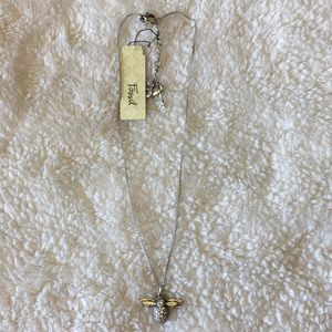 Fossil NWT bee necklace